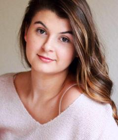 Megan Ahern – Mezzo-Soprano